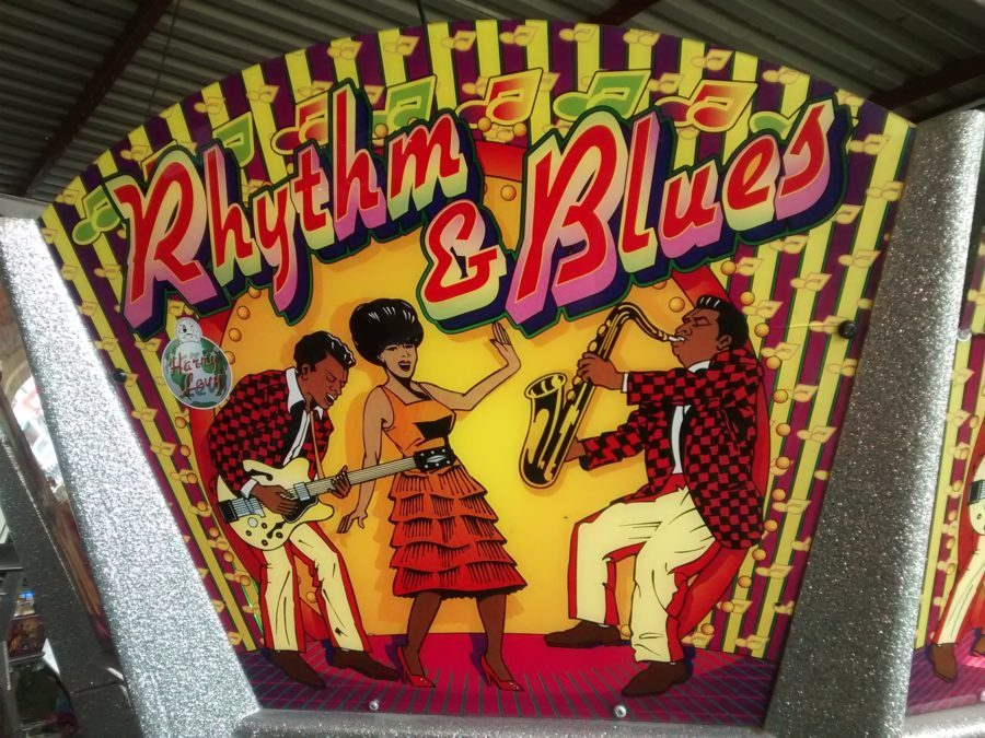 rhythm and blues arcade machine