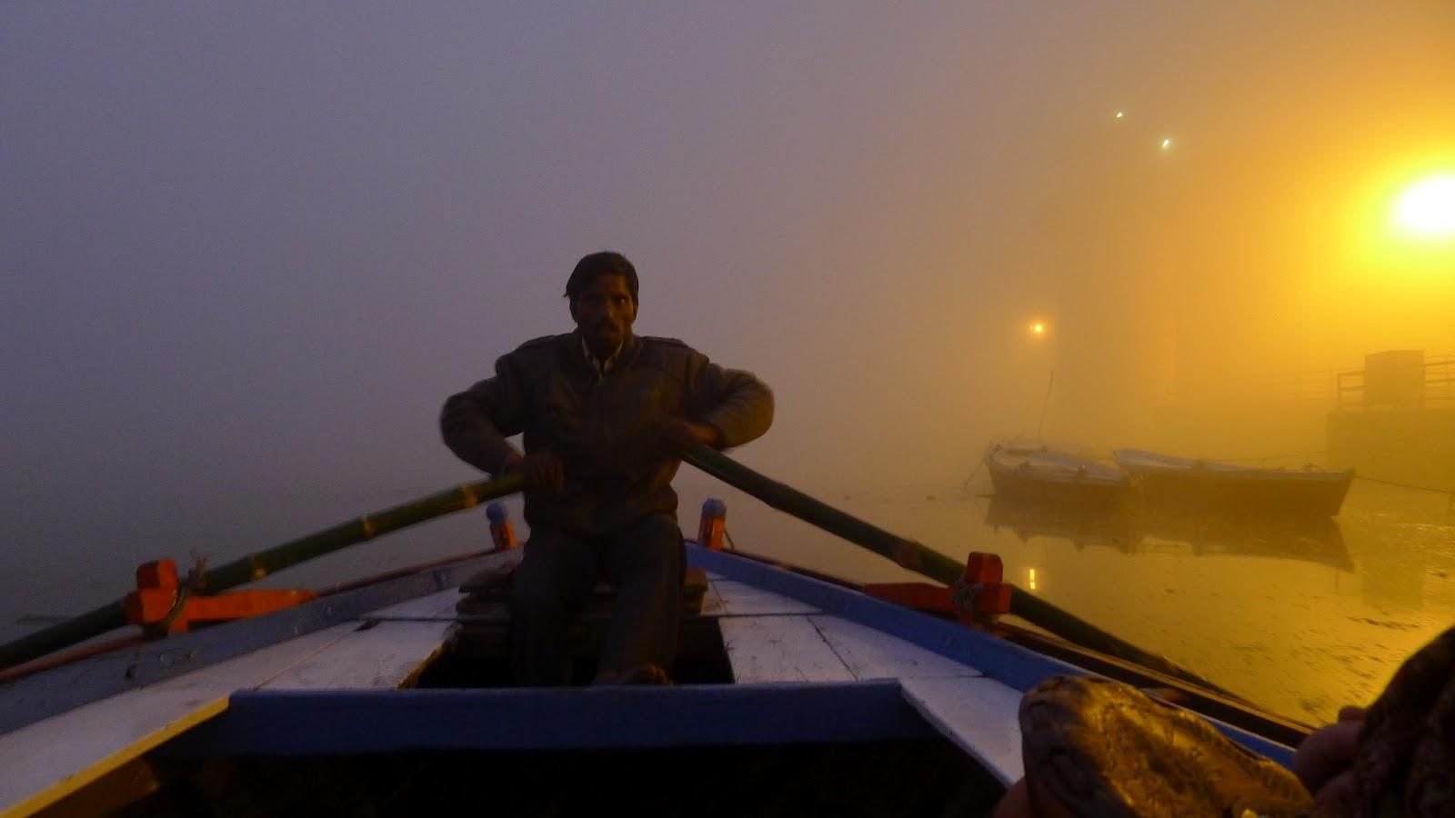 varanasi boat trip on ganges