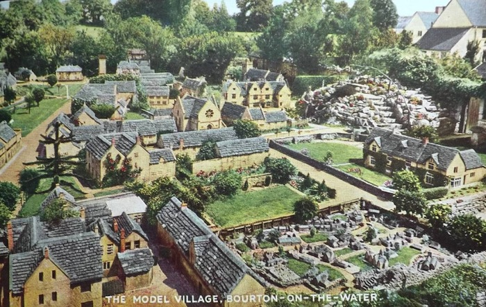 model village cotswolds bourton on the water