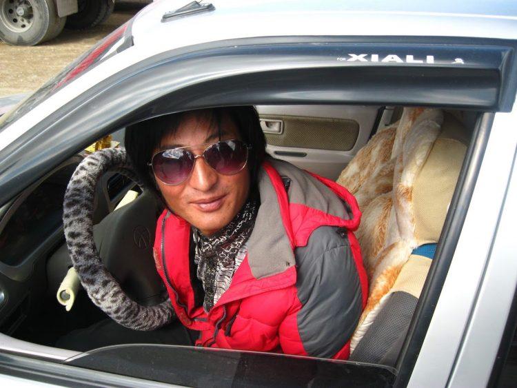 madoi hitchhiking