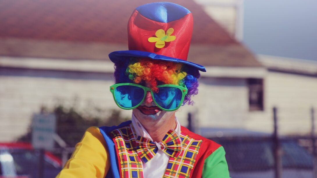 disappointing birthday party with clown